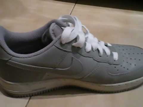 Nike Air Force Lacci
