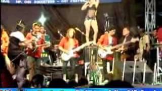 Video DANGDUT HOT BINTANG TIMUR, Cinta Gila, Putri Octavianus (Terminal JOYOBOYO Surabaya, 30 Juni 2010 ) download MP3, 3GP, MP4, WEBM, AVI, FLV Agustus 2017