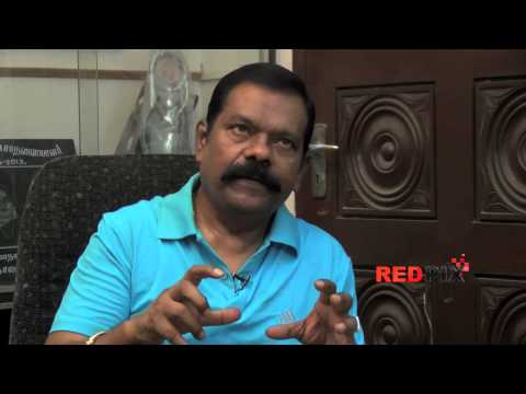 Vinu Chakravarthy -- less known facts -- College life, Police, Railway employee -- Red Pix