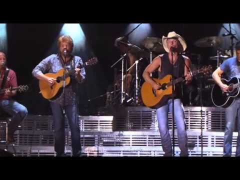 Kenny Chesney feat. Mac McAnally - Down The Road