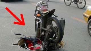 Repeat youtube video Motorcycle Crashes, Funny Fails & Lucky Drivers!