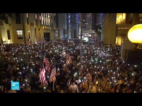 أعلام امريكية في ساحات هونغ كونغ والرئيس الصيني يهدد بـ-سحق عظام- من يحاول تقسيم بلاده  - نشر قبل 2 ساعة