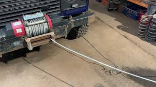 Defender superwinch 8557L and bumper
