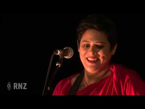 Anika Moa performs a medley of past Scroll winners | Silver Scroll 2018