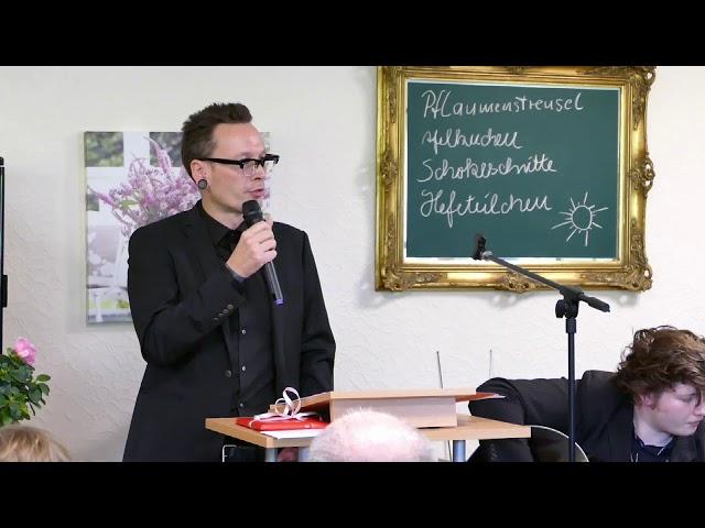 Herr Prof. Dr. Steinacker spricht auf unserer Einweihungsfeier 1. Community - Ehem. Heimk. NRW e.V.