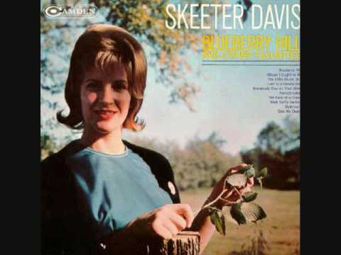 Skeeter Davis - Blueberry Hill (1961)