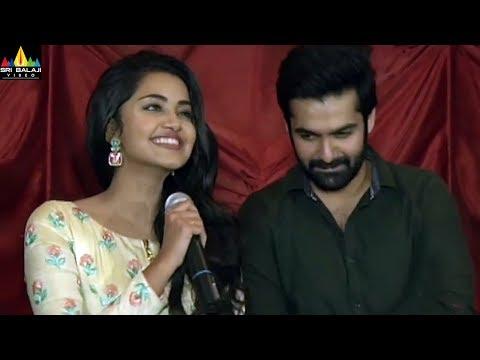 Vunnadi Okate Zindagi Theater Coverage   Latest Telugu Movies 2017   Ram, Anupama, Lavanya Tripathi