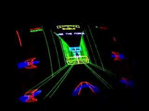 Star Wars Death Star trench run (Atari, 1983)