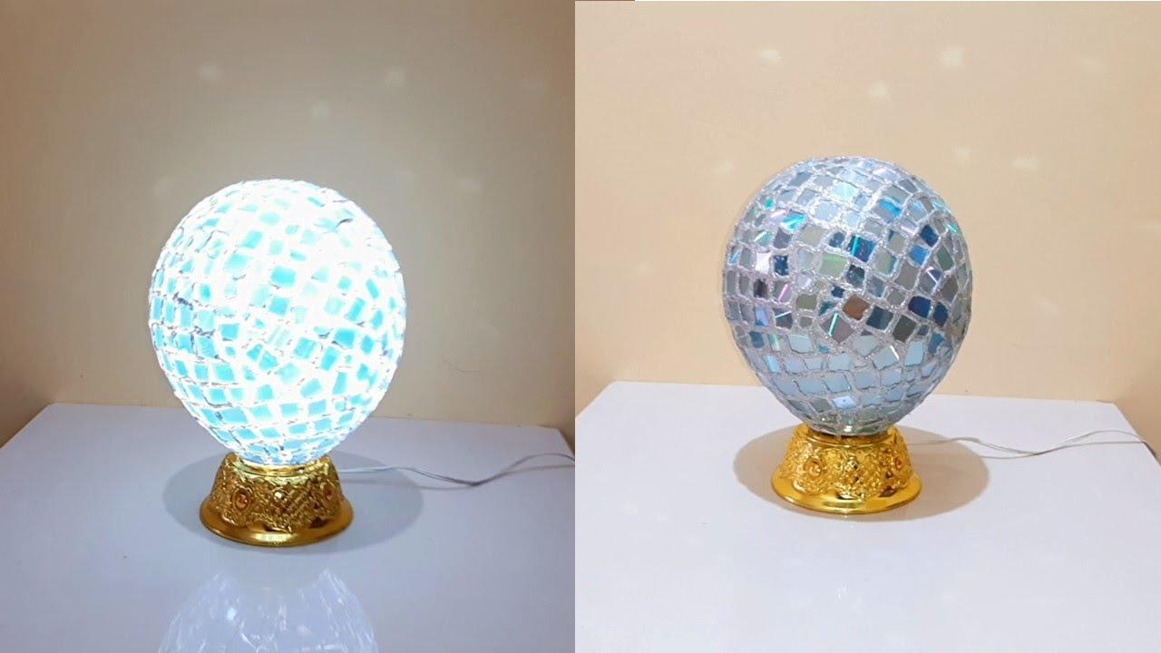 Elegante lámpara hecha con un globo - Elegant lamp made with a globe
