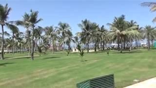 حديقه وشاطئ فندق قصر البستان مسقط سلطنه عمان