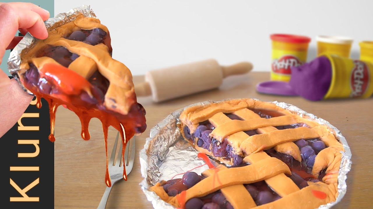 PLAY-DOH blueberry cake for lunch!  - klunatik - 粘土, пластилин, pâte à modeler mangeant, 橡皮泥