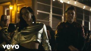 Смотреть клип Domino Saints - Ya Quiero