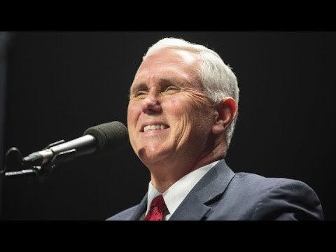 Mike Pence replaces Chris Christie as transition leader
