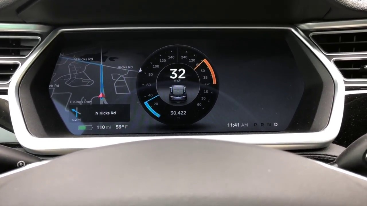 Tesla Model S Instrument Cluster And Speedometer Freezing Showing 71 Mph At Red Light