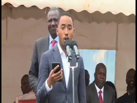 Muhoho Kenyatta Reads Swahili Speech From Phone