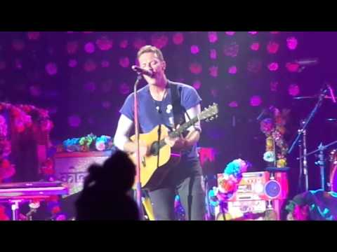 Coldplay - Every Teardrop Is a Waterfall (Live at Maracanã Stadium)