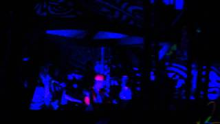 Downlink drops his Factory VIP and the crowd freaks out - Shambhala 2011 Live - HD