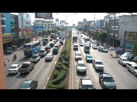THAILAND : Mittraphap Road in Nakhon Ratchasima