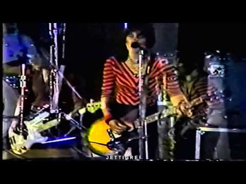 Joan Jett - ( Very Rare Concert Footage )