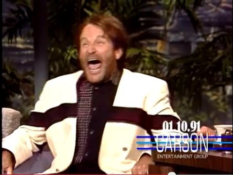 Robin Williams Shows How Terrible It Feels to Lose on Award Shows