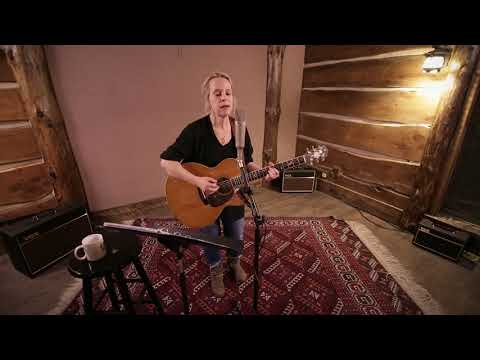 Mary Chapin Carpenter - Heroes and Heroines - 4/3/2018 - Paste Studios - New York, NY