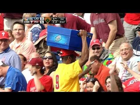 Vendor catches foul ball in beer bucket