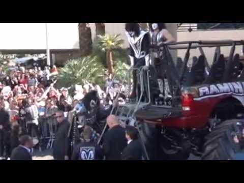 2012 ACM Awards KISS arrives and on the red carpet LAS VEGAS
