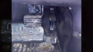 Lada Xray - тесен ли педальный узел?