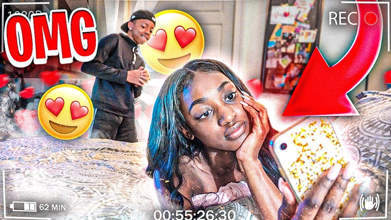 "My Little Brother Saw My Girlfriend ""NAK3D"" 😱 (MUST WATCH)"
