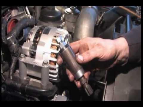 Detroit Diesel Series 60 >> 6.0 Powerstroke Diesel Injector Cups Sleeve Puller - YouTube