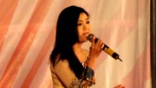 Tân cổ: VỀ MIỀN TÂY (live) -  Trinh Trinh hát cho dân nghèo huyện Cần Giuộc