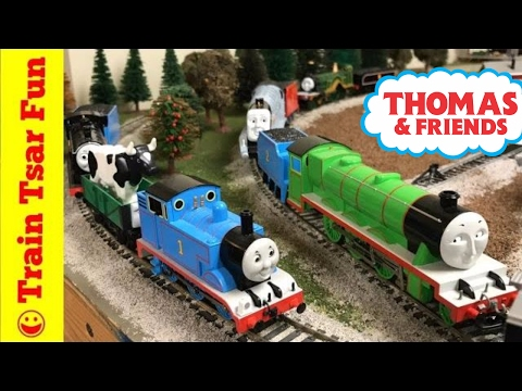 Trouble with the Tenders |  Thomas and Friends Trains with Star Trek Train