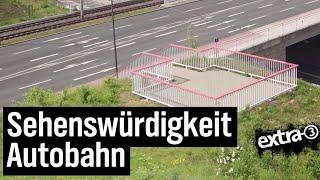 Realer Irrsinn: Aussichtsplattform mit Aussicht auf Autobahn