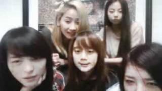 Wonder Girls Ustream livechat 110210 4th anniversary - Birthday Song cut