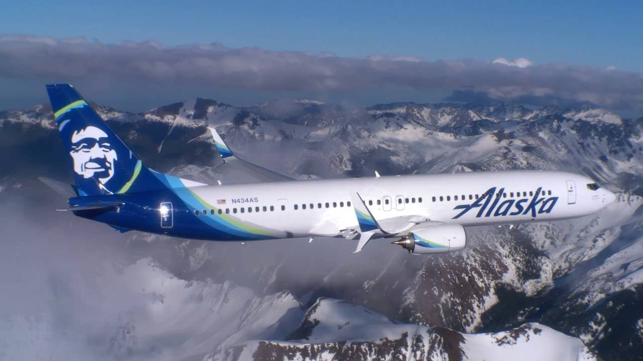 Alaska Airlines air to air footage over Washington - YouTube Alaska Airlines