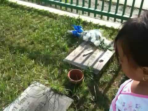 Shania at Indas graveyard.