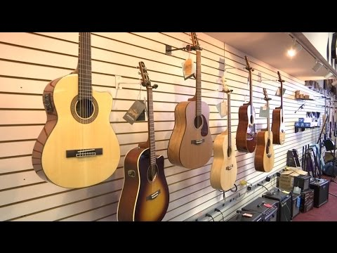 Golden Valley music store to close