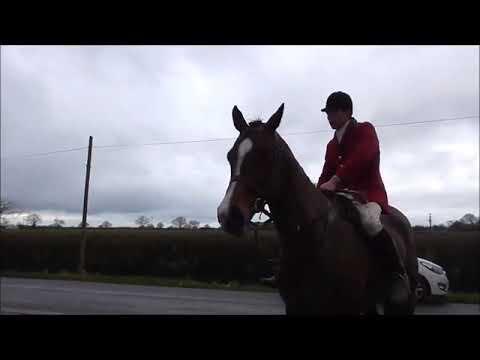 Landowner tells ignorant  Cheshire fox hunter to Fuck Off