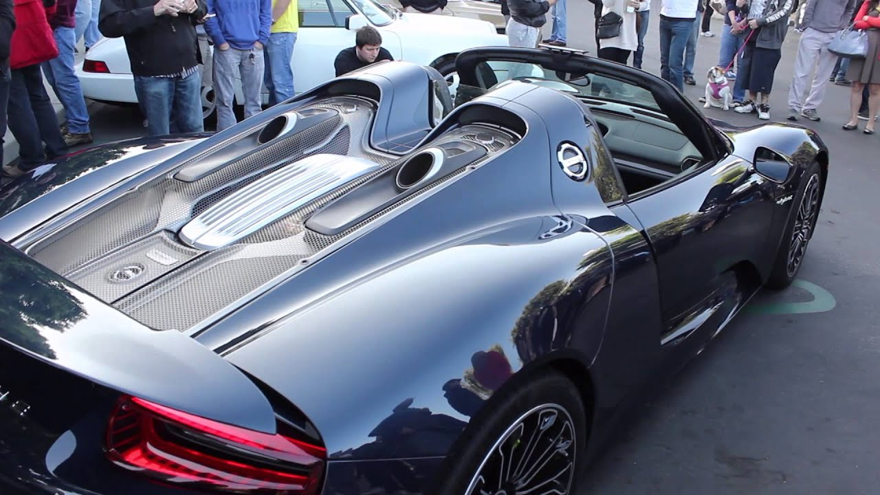 The NEW Porsche 918 With START UP And ENGINE REVS