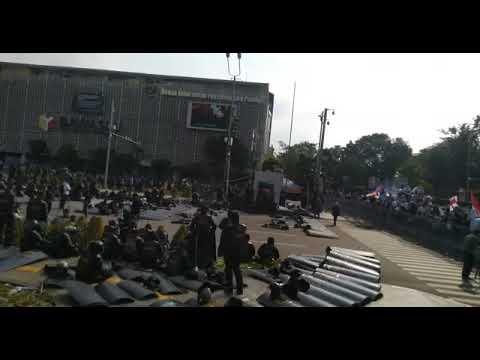 VIRAL DETIK TNI MEMBANTU MASYARAKAT DEMO 22 MEI 2019 | Wonderdir Pilpres