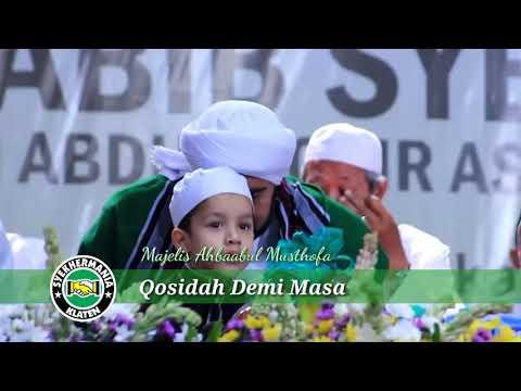 Demi Masa ~ Habib Syech Bin AbdulQadir Assegaf & yik Muhammad hadi, KARTASURA BERSHOLAWAT 2017