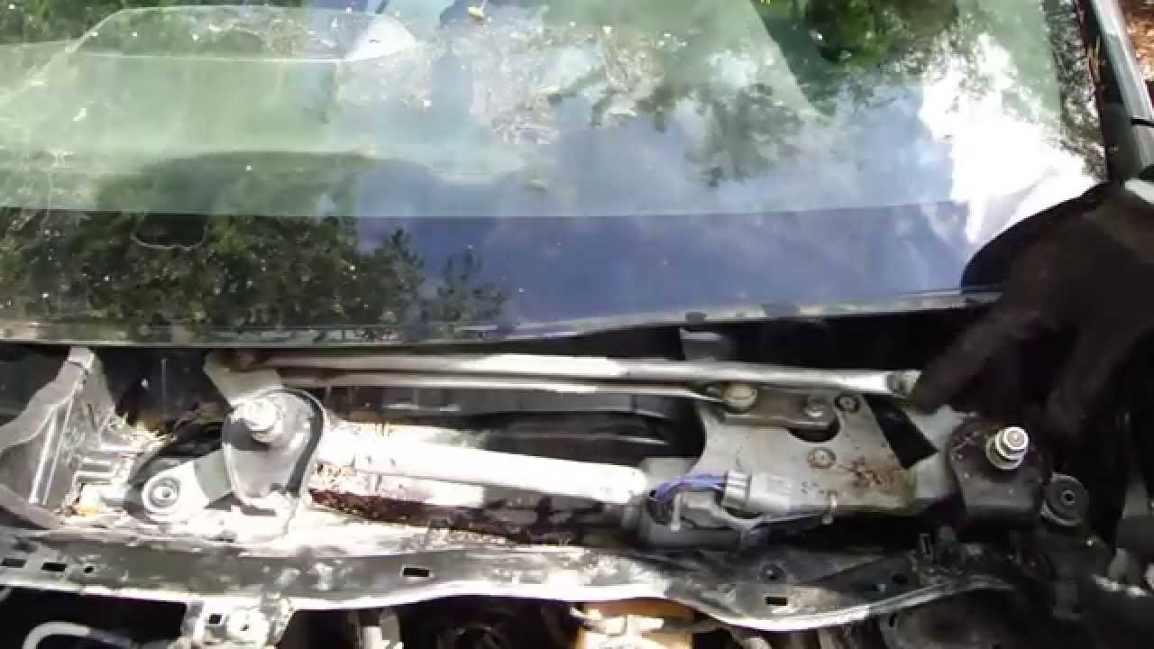 How to replace Windshield wiper motor Toyota Corolla years