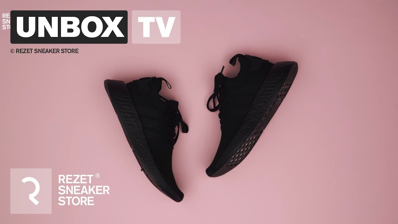 Unboxing - Adidas NMD Triple Black - YouTube 0fa48a8bd