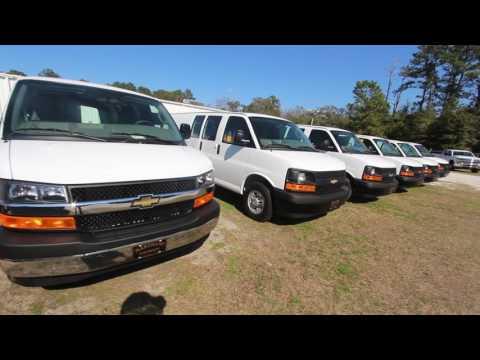 Conversion Van On 26s >> 2004 Chevrolet Express explorer on 26's | Doovi