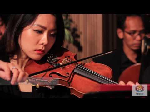 Farabi light Orchestra feat Puteri ayu- Malam bainai (cover)