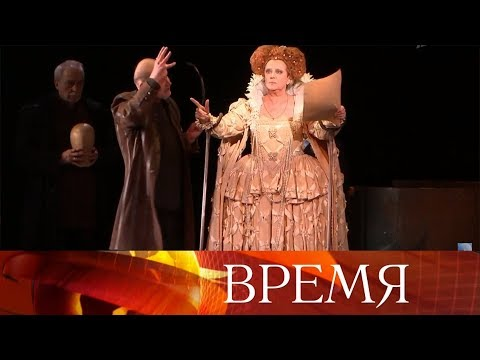 Королевы в роли королев: Марина Неелова и Елена Яковлева в легендарном спектакле «Играем… Шиллера!».