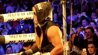 Artur Szpilka wychodzi na ring Madison Square Garden Theatre