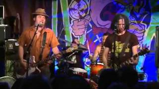 NOFX - New Happy Birthday Song Live at Rocke