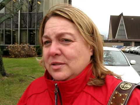 Cheryl Lavoie Liberal MLA Cheryl Lavoie is confronted by the Blogger YouTube