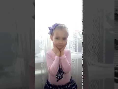 Изображение предпросмотра прочтения – МирославаРатанова читает произведение «Потешка Мы капусту рубили» (Русский фольклор )